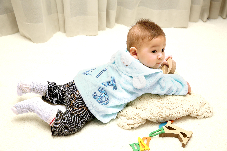 fd913ad53de21 ママに人気のベビー服!出産祝いにおすすめのパーカー5選