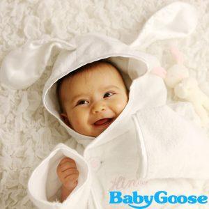 c537c23253c3ac お風呂上がりに大助かり!出産祝いに喜ばれるベビーバスローブおすすめ11 ...