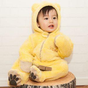 出産祝いにおすすめBabyGooseのあったかくまさんの着ぐるみ