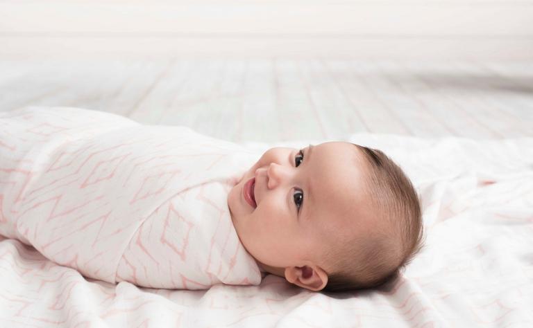 出産祝いにおすすめのベビー服ブランドのエイデンアンドアネイ